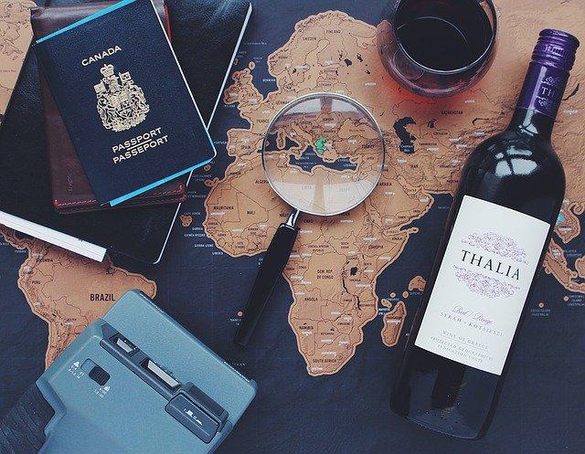 Student office – jak połączyć studiowanie z podróżowaniem?